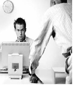 harcelement travail - Le travail : La condition humaine selon H. Arendt (1958)