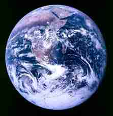 Une Terre au milieu des étoiles