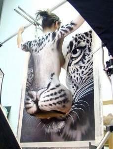 la femme léopard 229x300 - La femme léopard