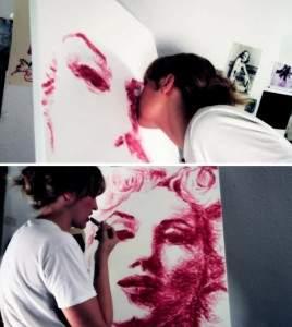 natalie irish spire in me1 268x300 - La peinture avec les lèvres