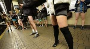 2012011292917alarab100112a274 300x163 - Journée mondiale sans pantalon