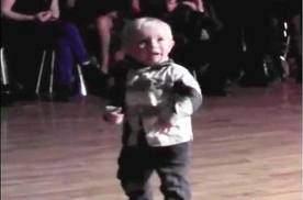danseur de jive - Enfant de 2 ans danse le Jive
