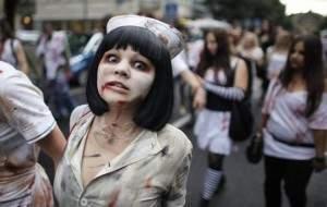 zombie 300x190 - La parade Zombie