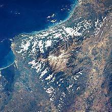220px Sierra Nevada de Santa Marta desde el espacio - machine climatique : Des facteurs atmosphérique