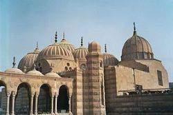280px Le Caire Mausol%C3%A9e des Mamelouks - Les mamelouks d'Egypte (1250-1517)
