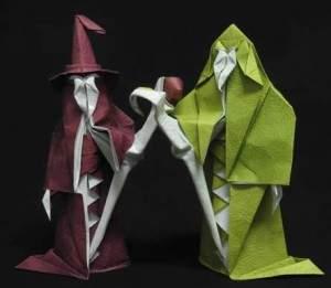 Des sculptures en papier 300x261 - Sculptures en papier
