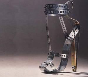 chaussure insolite4 300x264 - Les chaussures plus insolites dans le monde