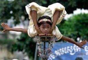 Incroyable flexibilité du corps