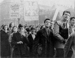 La contestation en Europe orientale 300x235 - La crise dans le monde communiste
