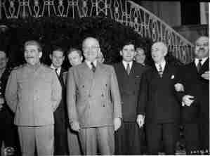 Potsdam conference 1945 4 300x222 - la nouvelle organisation mondiale