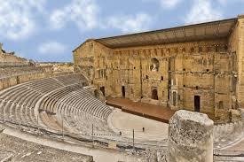 des lieux antiques et modernes