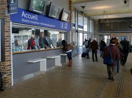 acceuil la gare ou laérogare. - Accueil et accessibilité du site, de l'information dans la gare ou l'aérogare.