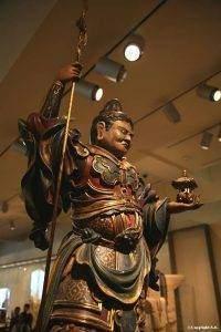vaishravana 200x300 - Les rois - gardiens : Vaishravana