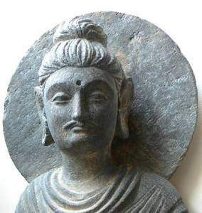 aRIHfVKkd1OVip2o m0qCRhXBm4 284x300 - Le bouddhisme : Les deux véhicules