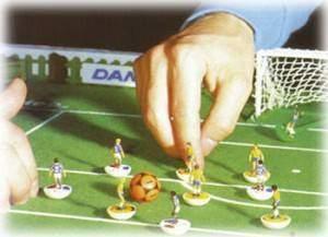 Le football de table 300x217 - Le football de table