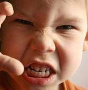 Agressivité enfant 294x300 - Agressivité enfant